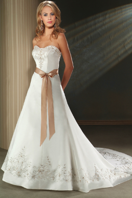 Strapless Sweetheart Neckline Satin Gown