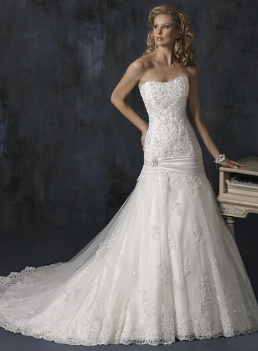 Strapless Sweetheart Neckline Lace Gown