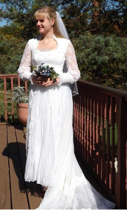 High Collar Lace Vintage Wedding Gown for rent - size 8