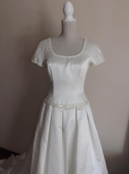 Mori Lee Wedding Gown with Short Sleeves for rent - size 8