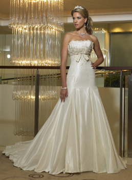 Romantic Strapless Satin Wedding Dress