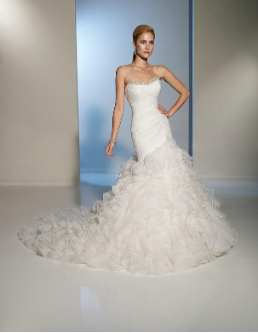 Strapless Satin and Organza Sweetheart Neckline Wedding Dress