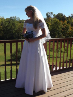 Off-the-Shoulder Bridal Gown in Lace and Satin for rent - size 10
