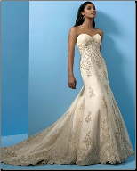 Mermaid Strapless Sweetheart Neckline Lace Wedding Dress