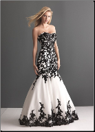 Black and White Mermaid Style Lace Appliqued on Tulle Gown