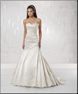 Charming Sweetheart Neckline Strapless Wedding Dress