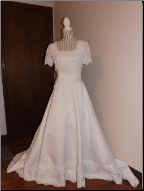 Sweetheart brand Short Sleeve Wedding Gown with Train in stock size 8