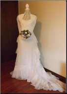 Gorgeous Vintage Organza Bridal Gown with matching Veil for rent - size 8