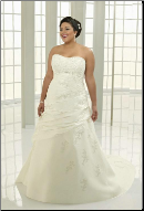 Plus Size Sweetheart Neckline Embroidered Taffeta
