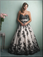 Dramatic and Glamorous Black Lace Classic Gown