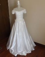Off the shoulder forever yours bridal gown pre worn gown for Forever yours wedding dress