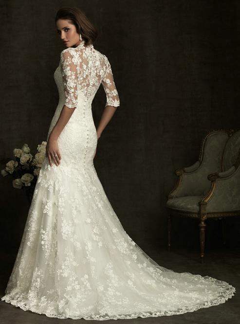 Elegant lace fit and flare wedding dress a vintage look for Classic lace wedding dress