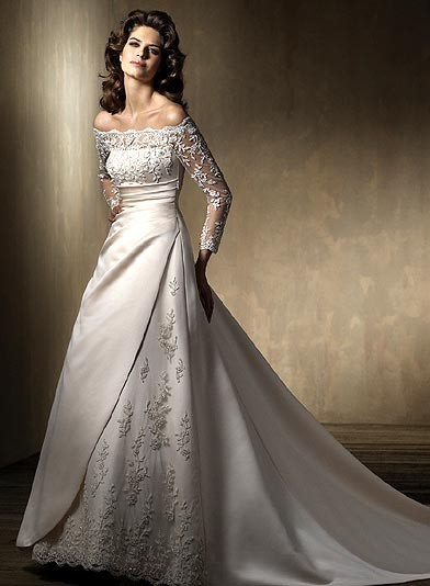 Elegant Satin And Lace Wedding Gown Sizes 2 30