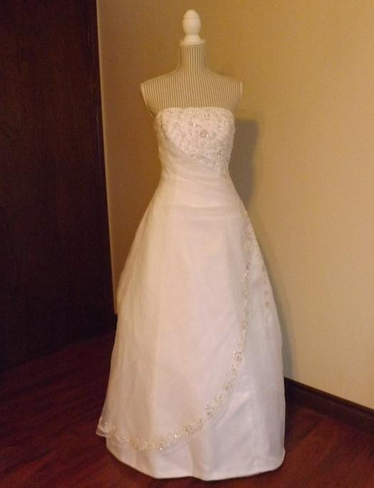 Wedding dresses for rent in london ontario wedding for Rent wedding dress london