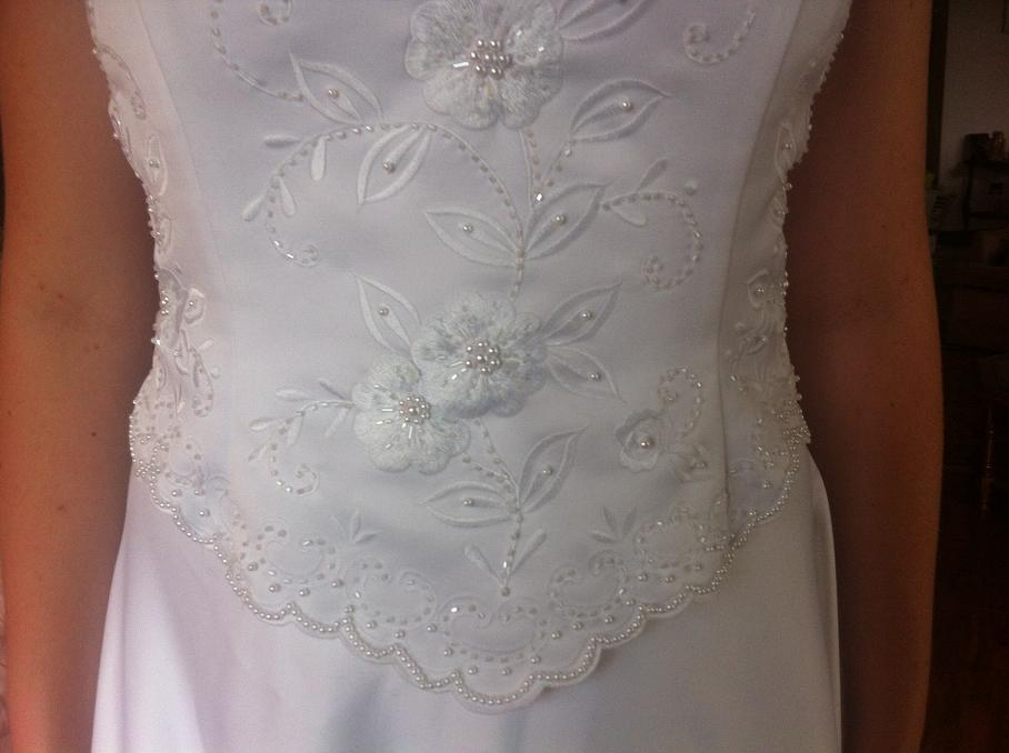 Two Piece white Alfred Angelo Wedding Gown for rent, wedding, vow ...