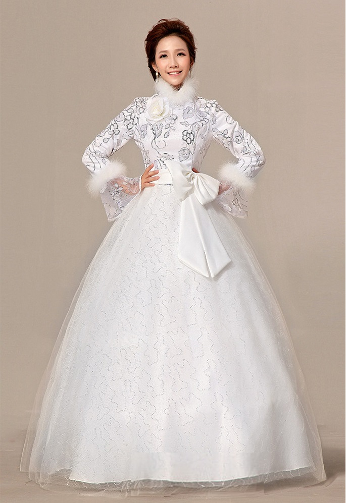 69a4e7f39ee1 Winter Wedding Dress with Long Sleeves and faux fur edging